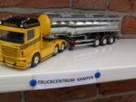 Scania  van  Rakil  met  Tankoplegger.