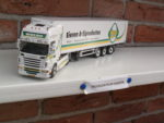 Scania  met  Koeloplegger  van  Wulro.