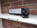 Scania  met  veeoplegger  van  Sucatrans.