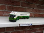Scania  met  oplegger  van  Mervo.