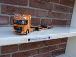 Daf  XF  Trucktransporter  van  Clean  Mat.