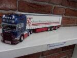 Scania  met  oplegger  van  Peter  Wouters