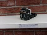Scania  3  Streamline  van  H-B  Doorn.